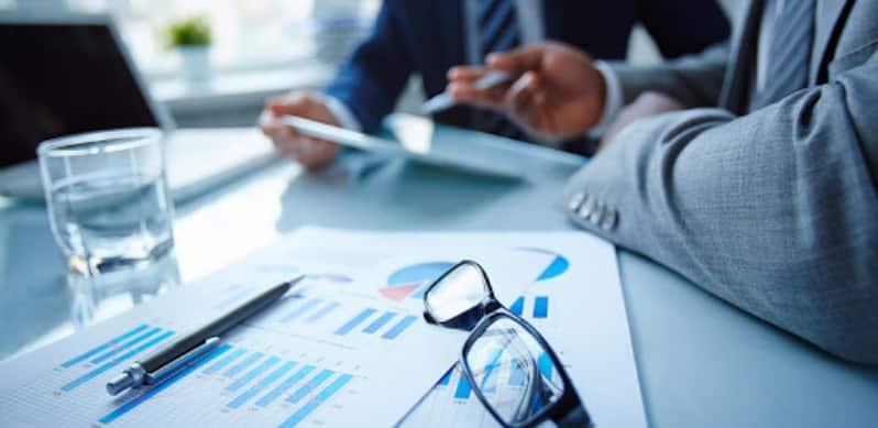 مواردی که مشاوره بازرگانی می تواند به فرد کمک کند